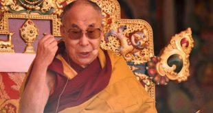 Dalai Lama Disuntik Vaksin Covid-19