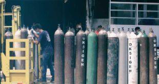Menko PMK: Tidak Ada Lagi Tabung Oksigen untuk Tukang Las